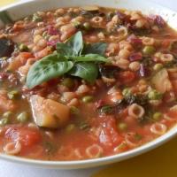 Wiosenne minestrone z botwinką