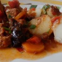 Grecki gulasz wieprzowy
