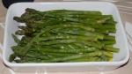 szparagi z dressingiem musztardowym