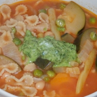 Prowansalska zupa z sosem pistou