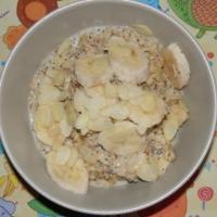 Owsianka z bananami, makiem i cynamonem