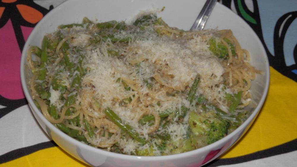 zielone spaghetti.